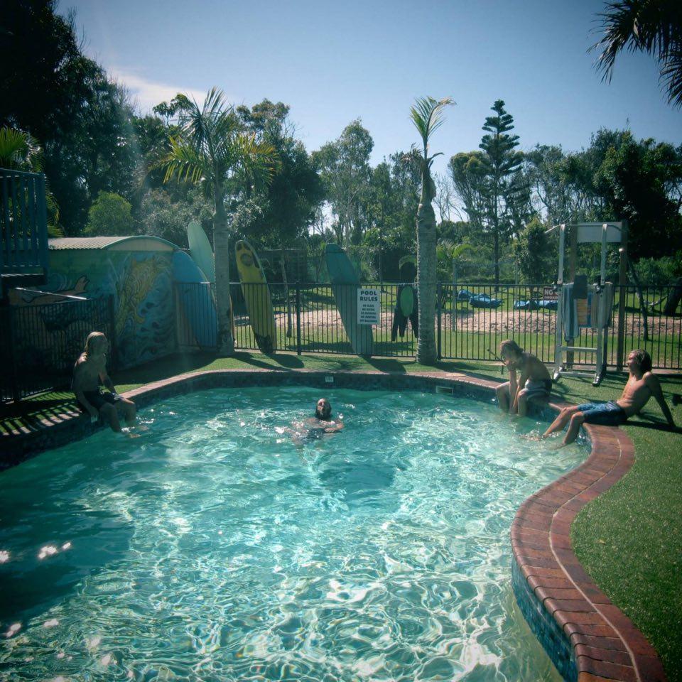 Pool Byron Bay Backpackers inn