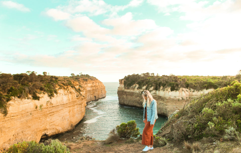 One Stop Adventures Great Ocean Road Day Tour Loch Ard Gorge
