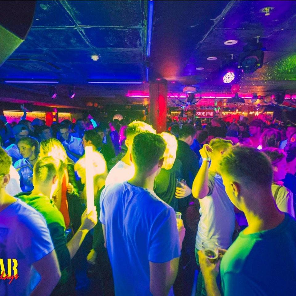 sydney side bar