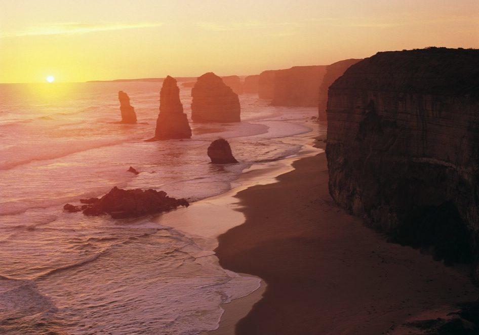 Great Ocean Road Tour - Twelve Apostles Sunset