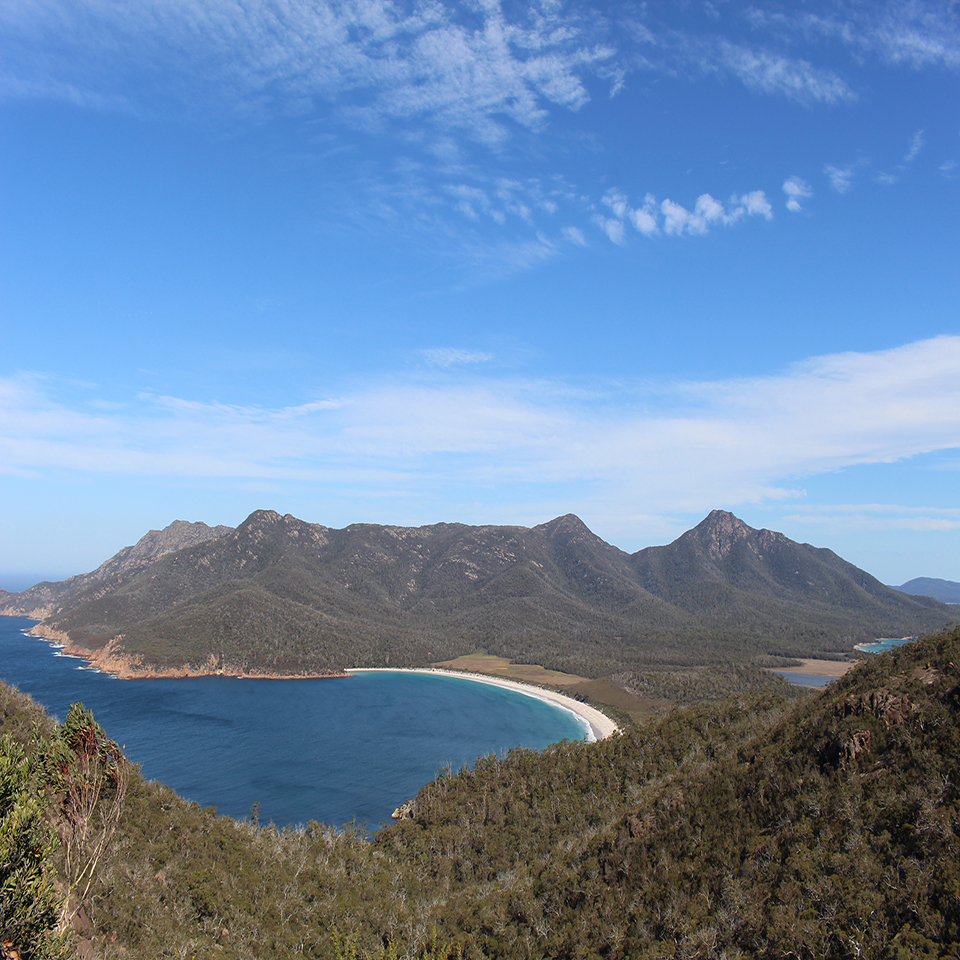 Day hike One stop adventures Wineglass bay lookout