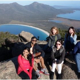 Wineglass Bay and Freycinet National Park Day Trip
